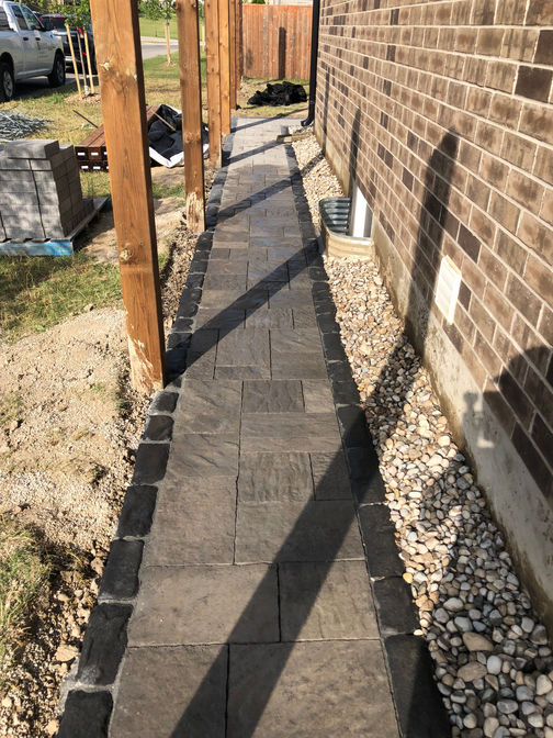 Interlocking paver walkway. A paver walkway project by O'Connor Stone & Landscape.